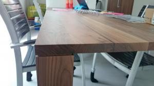 keukentafel houten tafel robuust